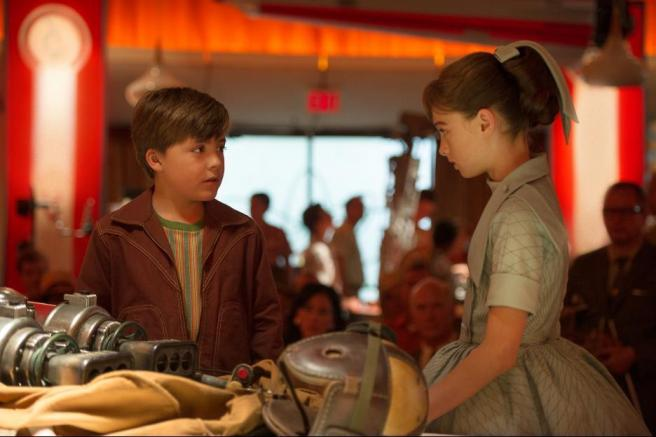 still-of-pierce-gagnon-and-raffey-cassidy-in-tomorrowland-(2015)-large-picture